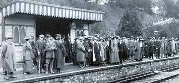 Bampton Fair - railway station